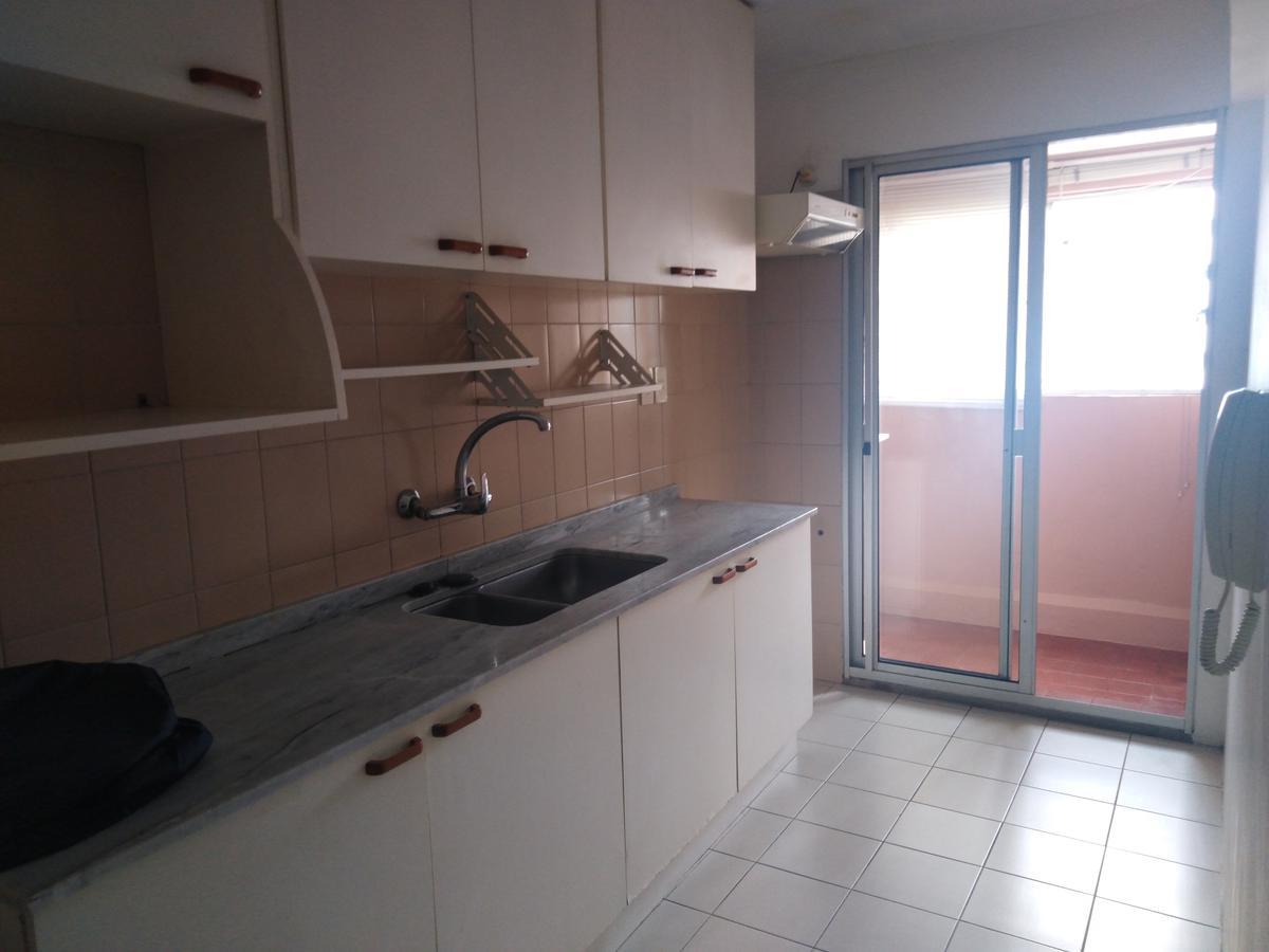 Foto Apartamento en Alquiler en  Cordón ,  Montevideo  Roxlo al 1300