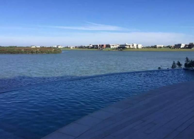 Foto Departamento en Venta en  Capital Federal ,  Capital Federal  av de los lagos al 1500