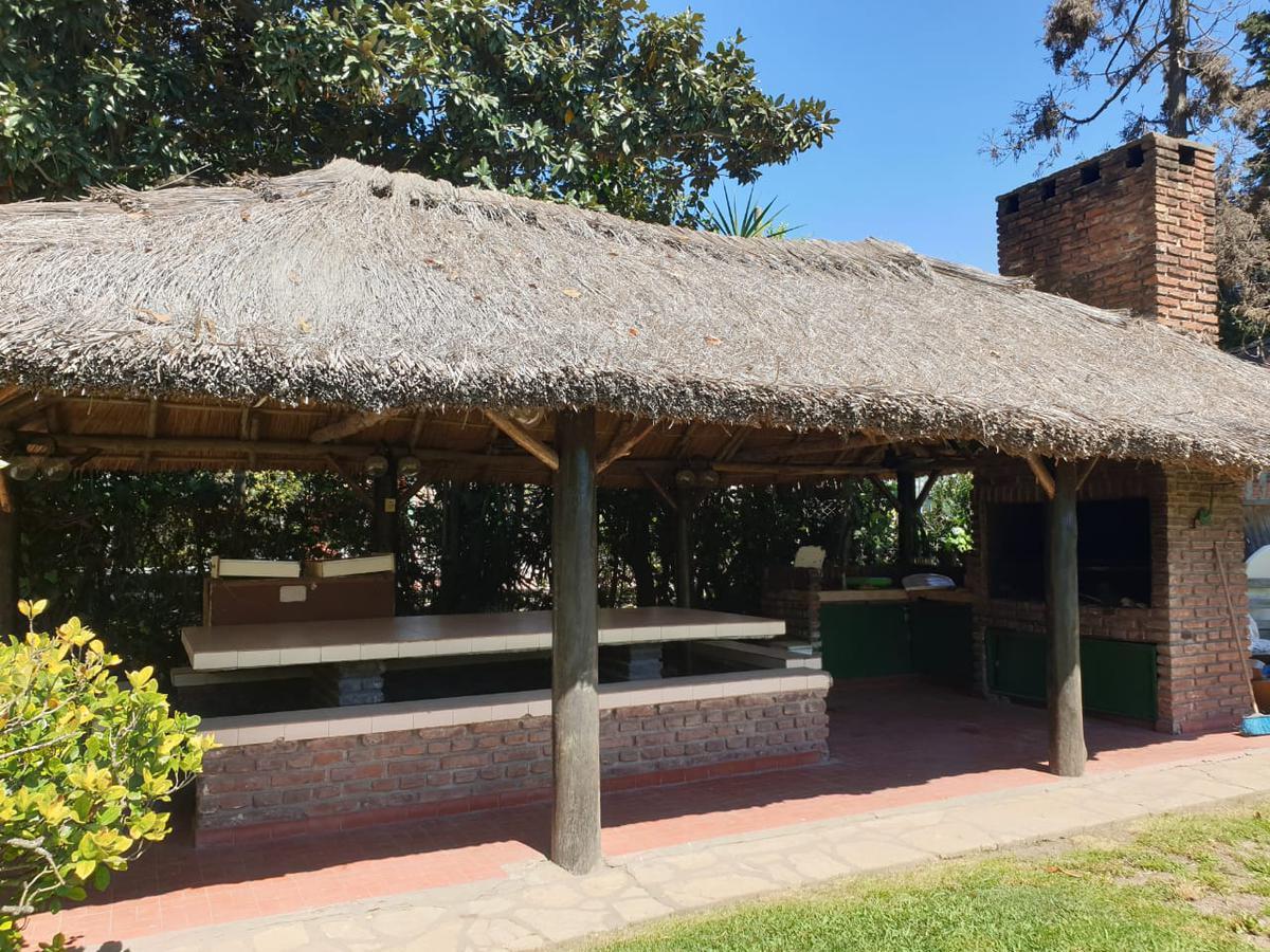 Foto Casa en Venta en  9 De Abril,  Esteban Echeverria  Urano al 1400