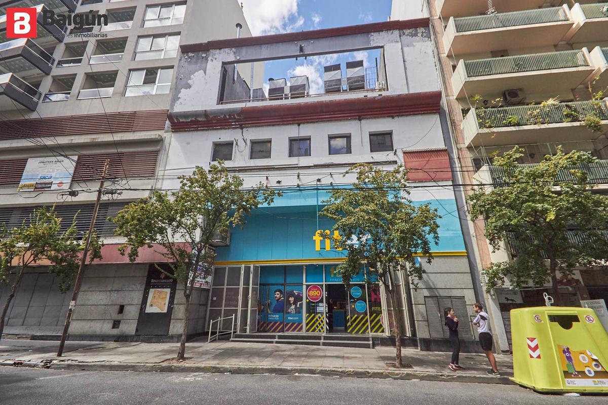 Foto Local en Alquiler en  P.Junta,  Caballito  Rosario y Calasanz