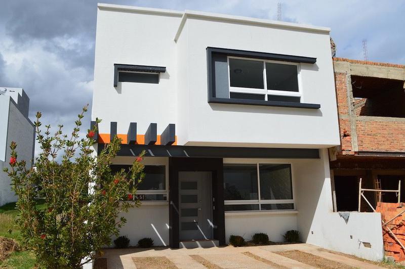 Foto Casa en condominio en Renta en  Fraccionamiento La Cima,  Zapopan  Av. Federalistas 1994-51 Coto B, La Cima, Zapopan, Jalisco