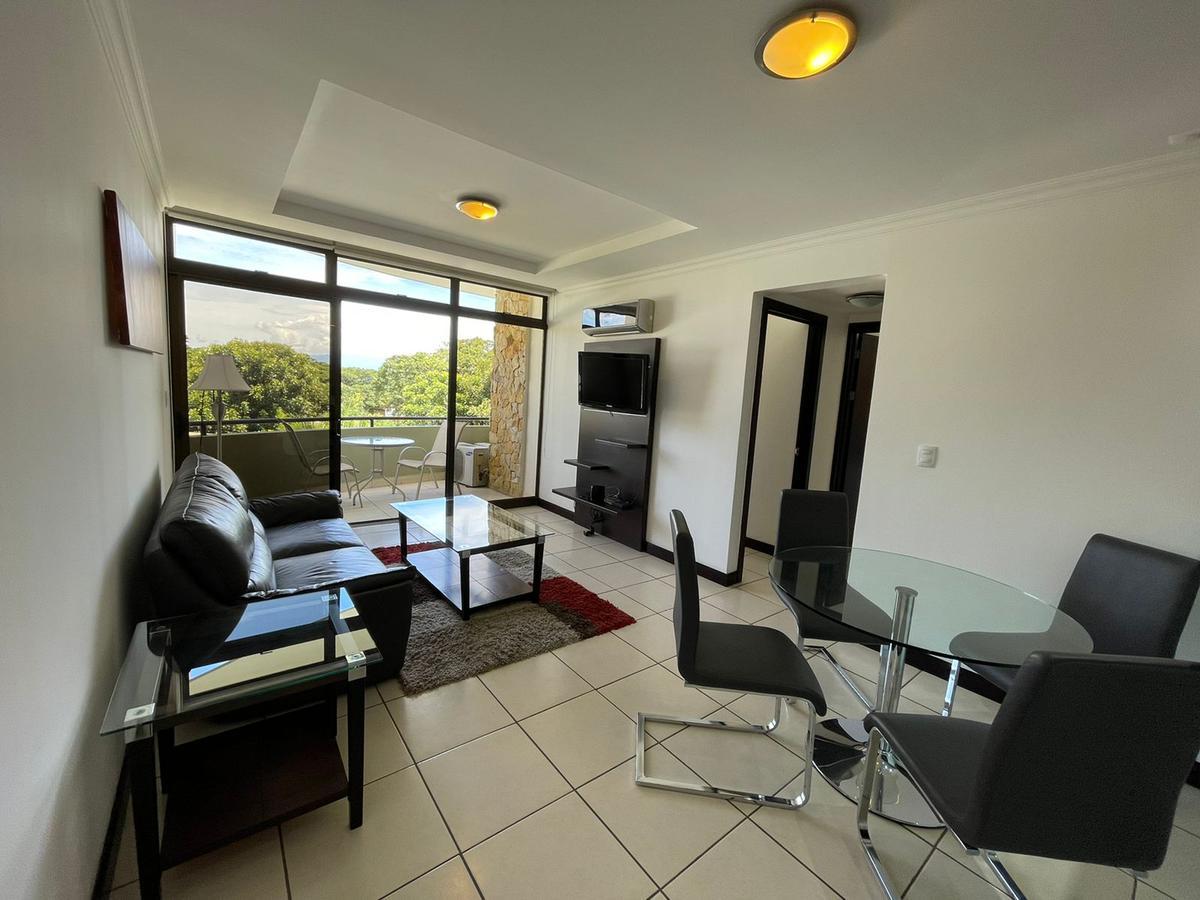 Foto Departamento en Renta en  Santa Ana ,  San José  Santa Ana / Full amueblado /  2 habitaciones / 2 parqueos / tenis / Gym