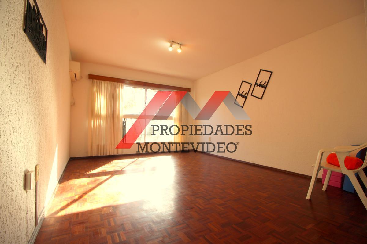 Foto Apartamento en Alquiler en  Centro (Montevideo),  Montevideo  Centro, Av Uruguay al 1300