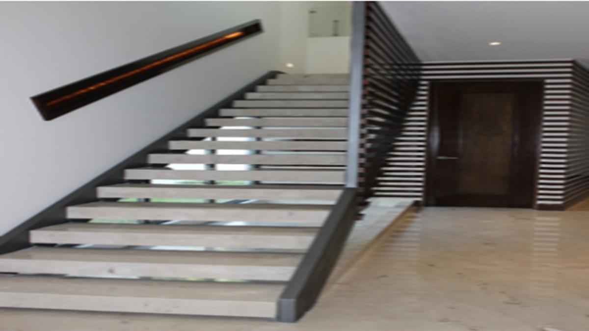 Foto Casa en Venta en  Del Valle,  San Pedro Garza Garcia  CASA EN VENTA COL DEL VALLE SAN PEDRO GARZA GARCÍA N L $30,850,000