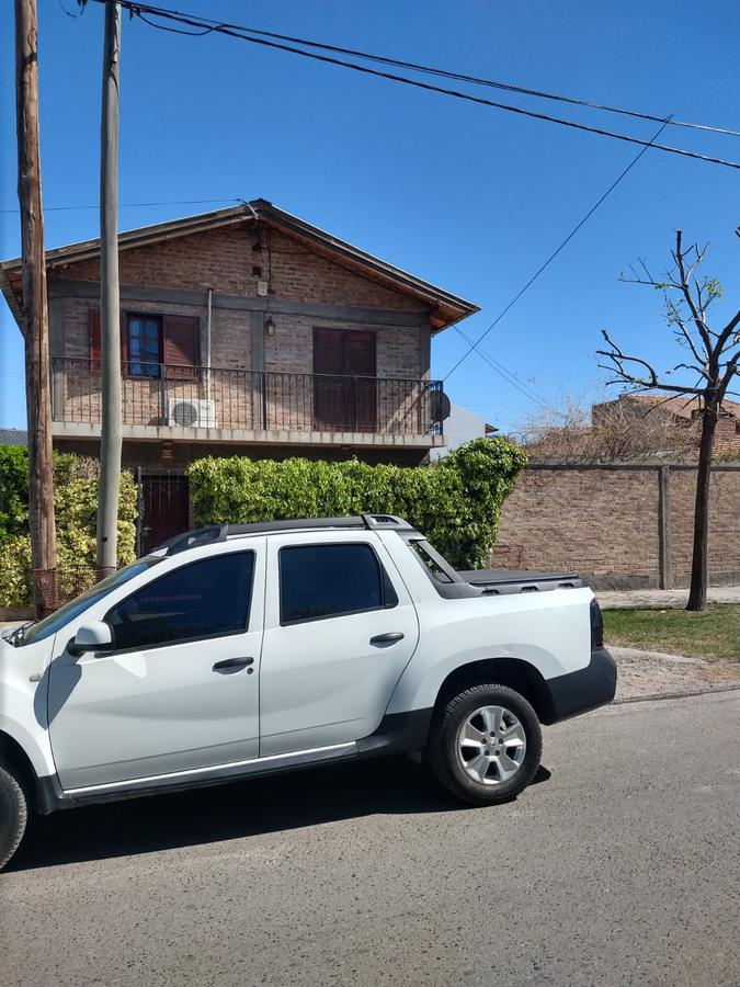 Foto Casa en Venta en  Cumelén ,  Capital   ELORDI Y FACUNDO  QUIROGA