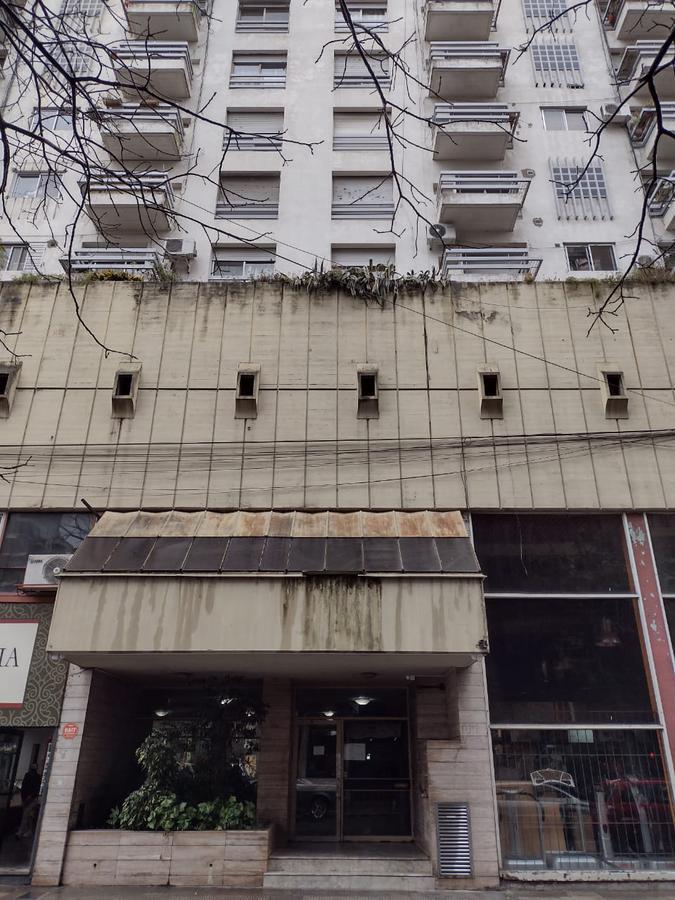 Alquiler Departamento  dos dormitorios al frente centro Rosario