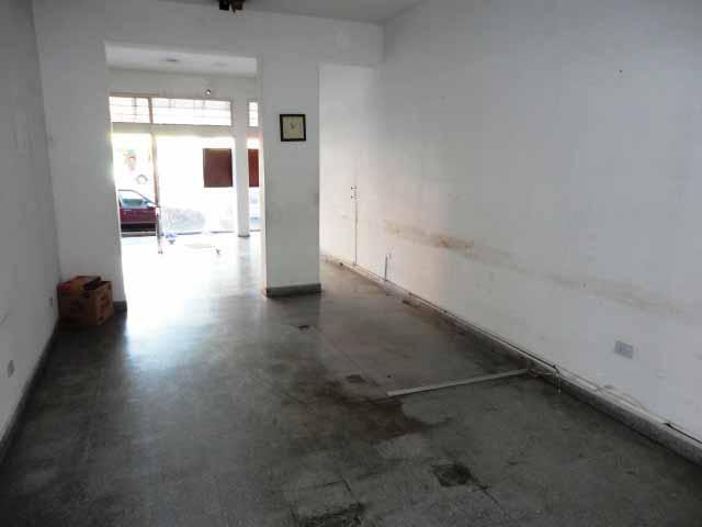 Foto Local en Venta en  Acas.-Vias/Santa Fe,  Acassuso  Santa Fe al 1100