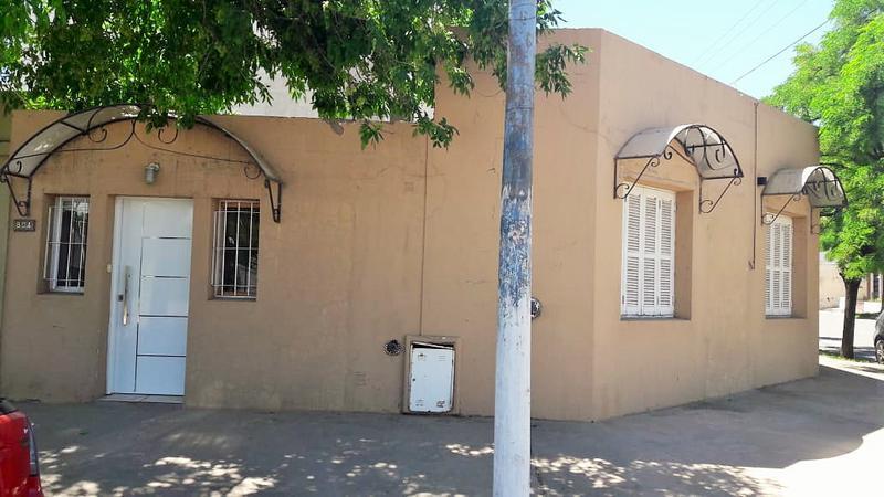 Foto Casa en Venta en  Centro,  Santa Rosa  San Martin Oeste