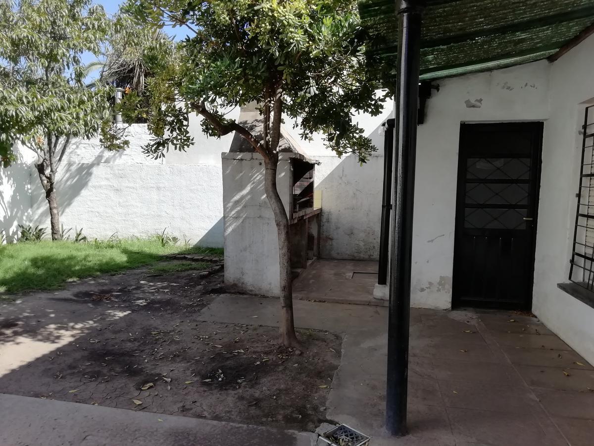 Foto Casa en Venta en  Monte Grande,  Esteban Echeverria  AZCUENAGA al 1000