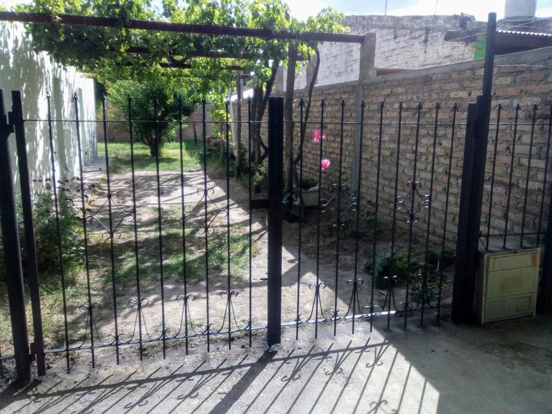 Foto Casa en Venta en  Chichinales,  General Roca  CASA V.del PARQUE