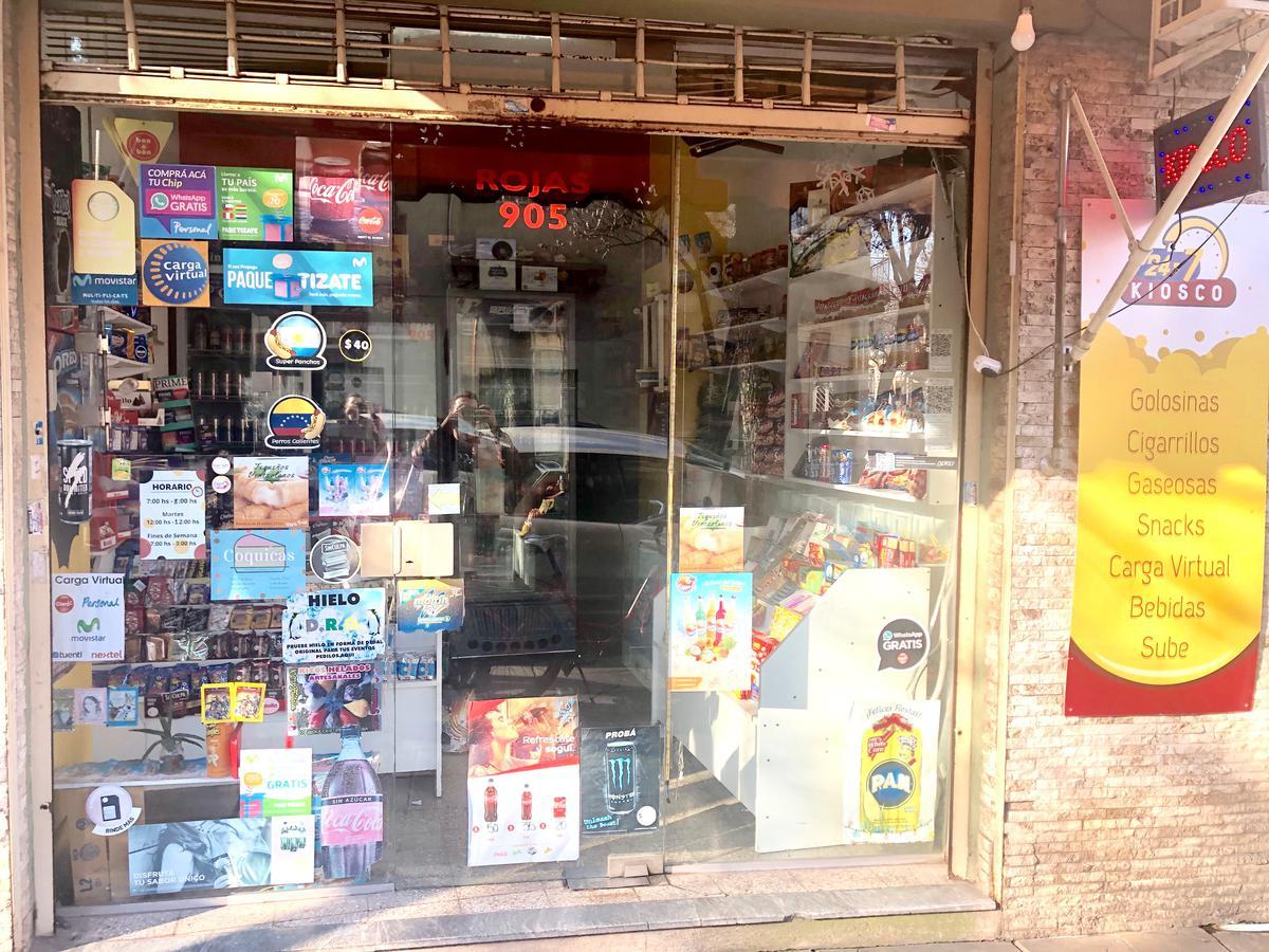 Foto Local en Venta en  Caballito ,  Capital Federal  Rojas al 900