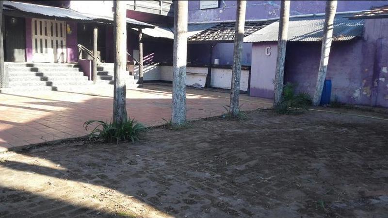 Foto Local en Venta en  Glew,  Almirante Brown  Propiedad comercial en Glew, Almirante Brown