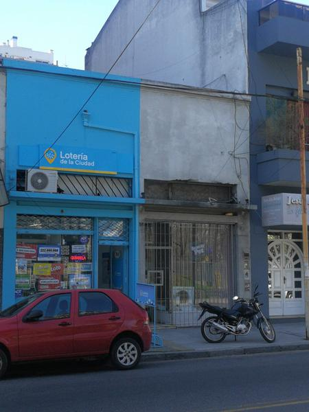Foto Local en Alquiler en  Caballito ,  Capital Federal  Donato Alvarez al 300