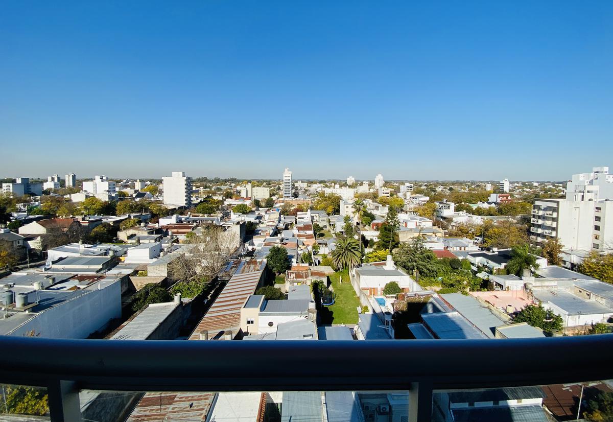 Foto Departamento en Venta en  La Plata,  La Plata  64 e/ 17 y 18