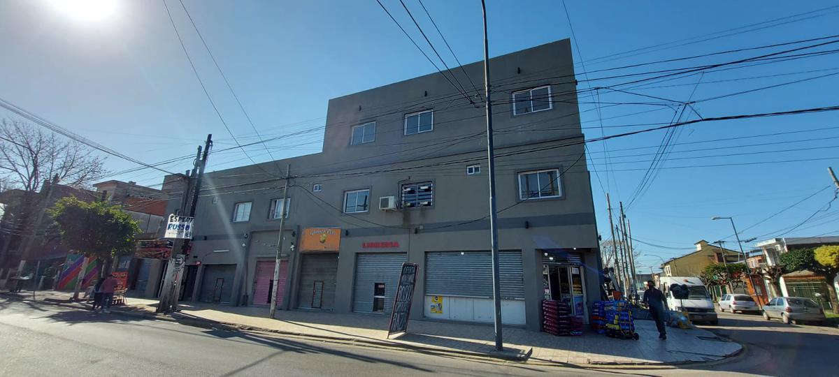 Foto Departamento en Alquiler en  Jose Clemente Paz ,  G.B.A. Zona Norte  Gaspar Campos al 5300