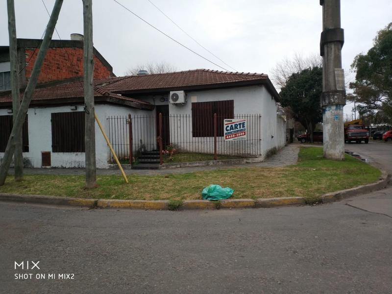 Foto Casa en Venta en  Ituzaingó Norte,  Ituzaingó  La Piedad al 400