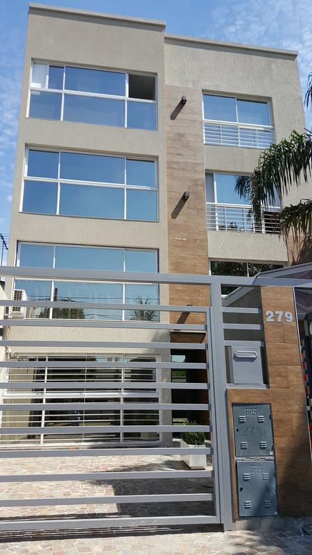 Foto Departamento en Venta en  Moron,  Moron  Feliciano Chiclana 279. Piso 2°. A.