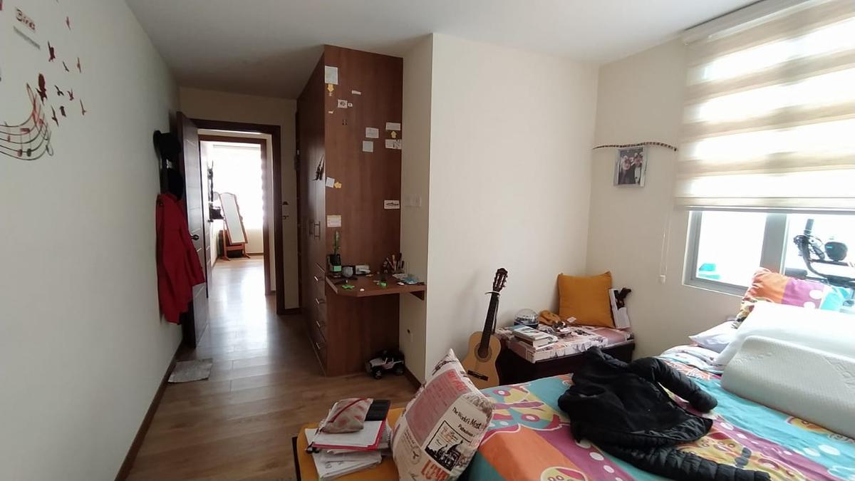 Foto Departamento en Alquiler en  Norte de Quito,  Quito  Santa Lucia