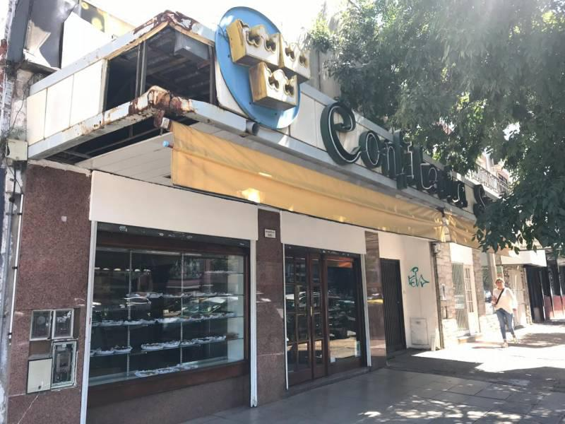Foto Local en Venta en  Martinez,  San Isidro  Av. Santa Fe al 2300