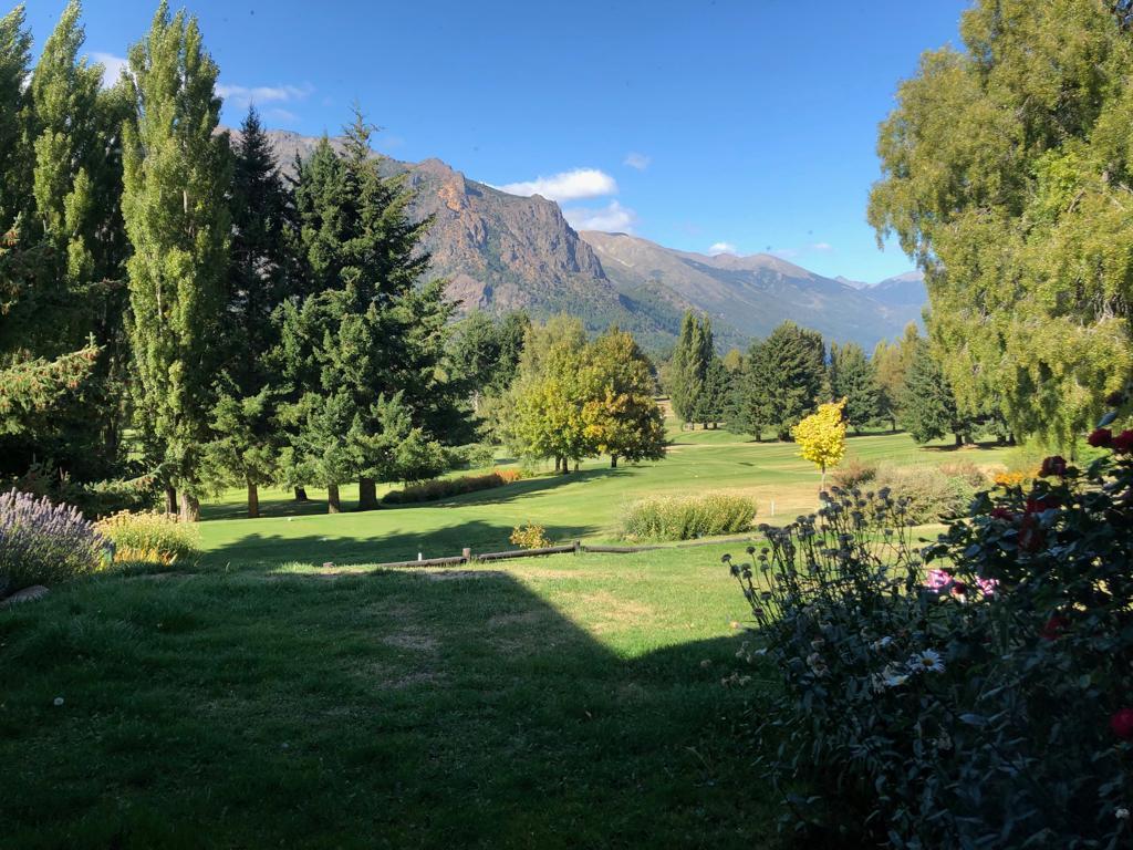Foto Departamento en Alquiler temporario en  Arelauquen,  Bariloche  Arelauquen dormi Los Notros
