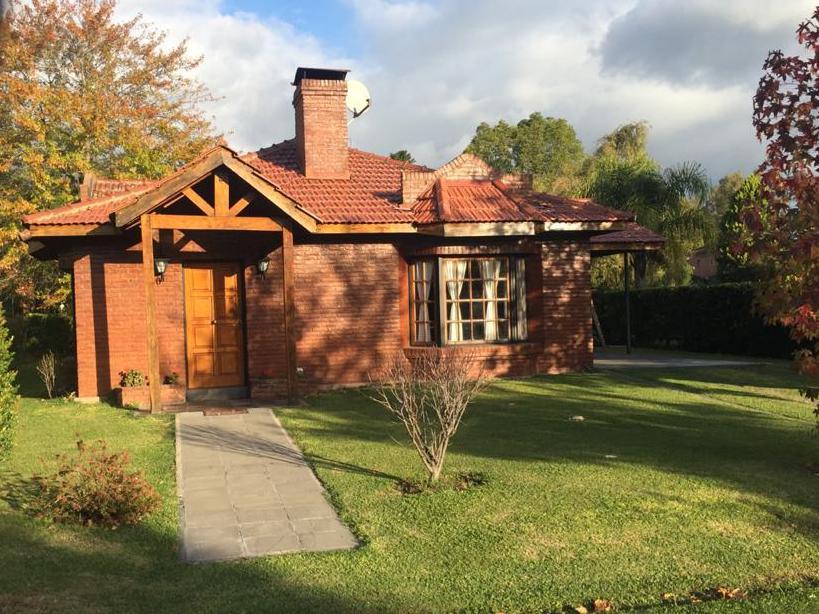 Foto Casa en Alquiler temporario en  Pilar ,  G.B.A. Zona Norte  Barrio Los Eucaliptus