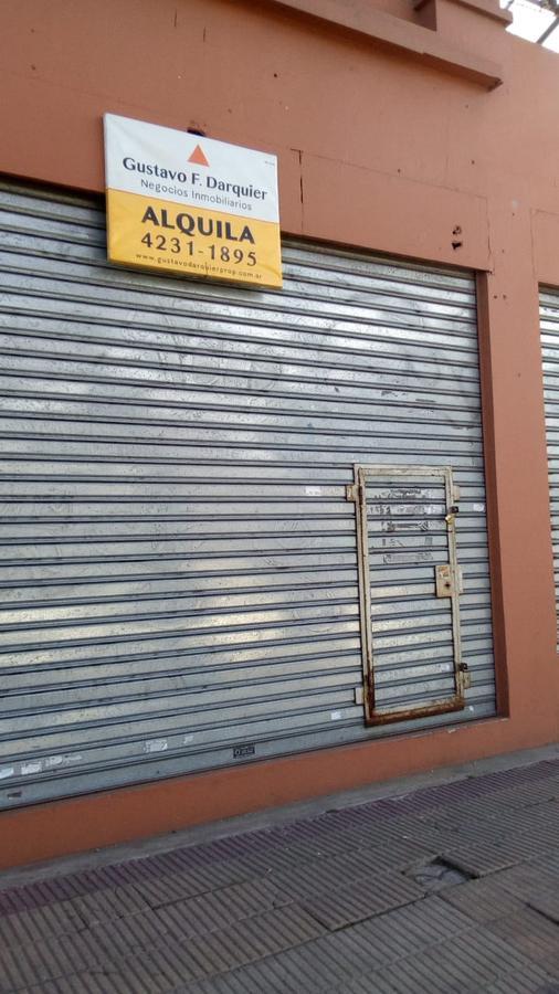 Foto Local en Alquiler en  Turdera,  Lomas De Zamora  Av. Hipólito Yrigoyen  N° al 11300