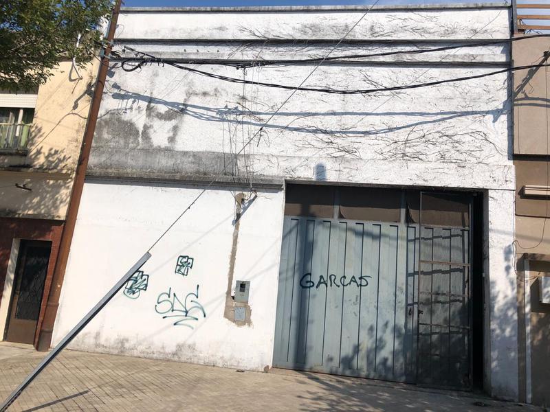 Foto Local en Alquiler | Venta en  Rosario ,  Santa Fe  San Martin 3741