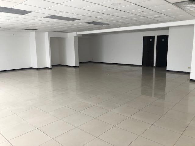 Foto Oficina en Renta en  San Rafael,  Escazu  Oficina en Sabana Sur / Amplia / 289m2/ 6 parqueos