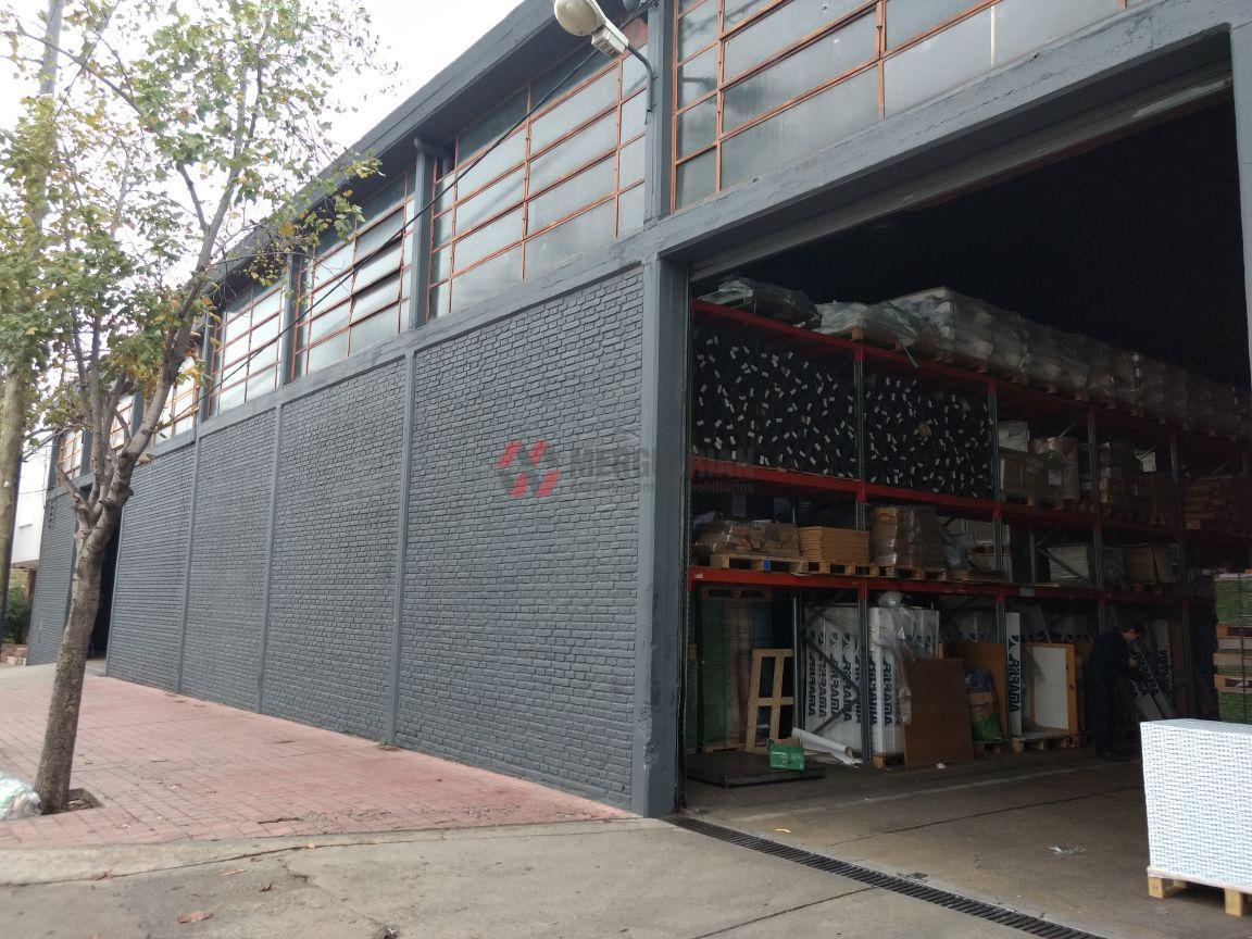 Foto Nave Industrial en Venta en  General Paz,  Cordoba  LIBERTAD esq. VIAMONTE