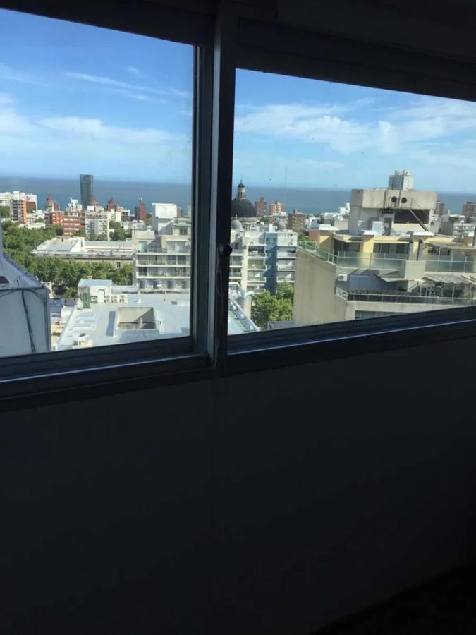 Foto Apartamento en Alquiler en  Cordón ,  Montevideo  18 y Tacuarembo - Piso 14 - 2 dorm