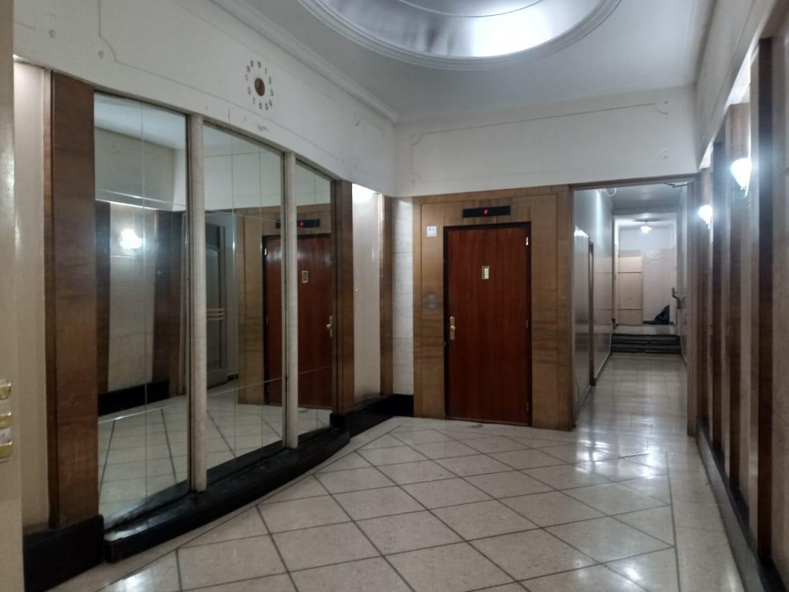 Foto Departamento en Venta en  Balvanera ,  Capital Federal  Av Corrientes al 2200