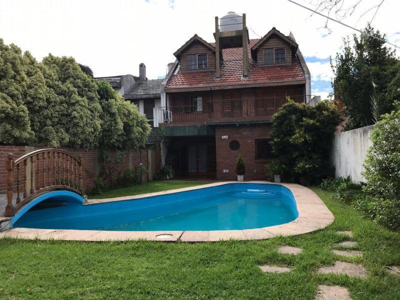 Foto Casa en Venta | Alquiler en  Martinez,  San Isidro  Saenz Valiente 800