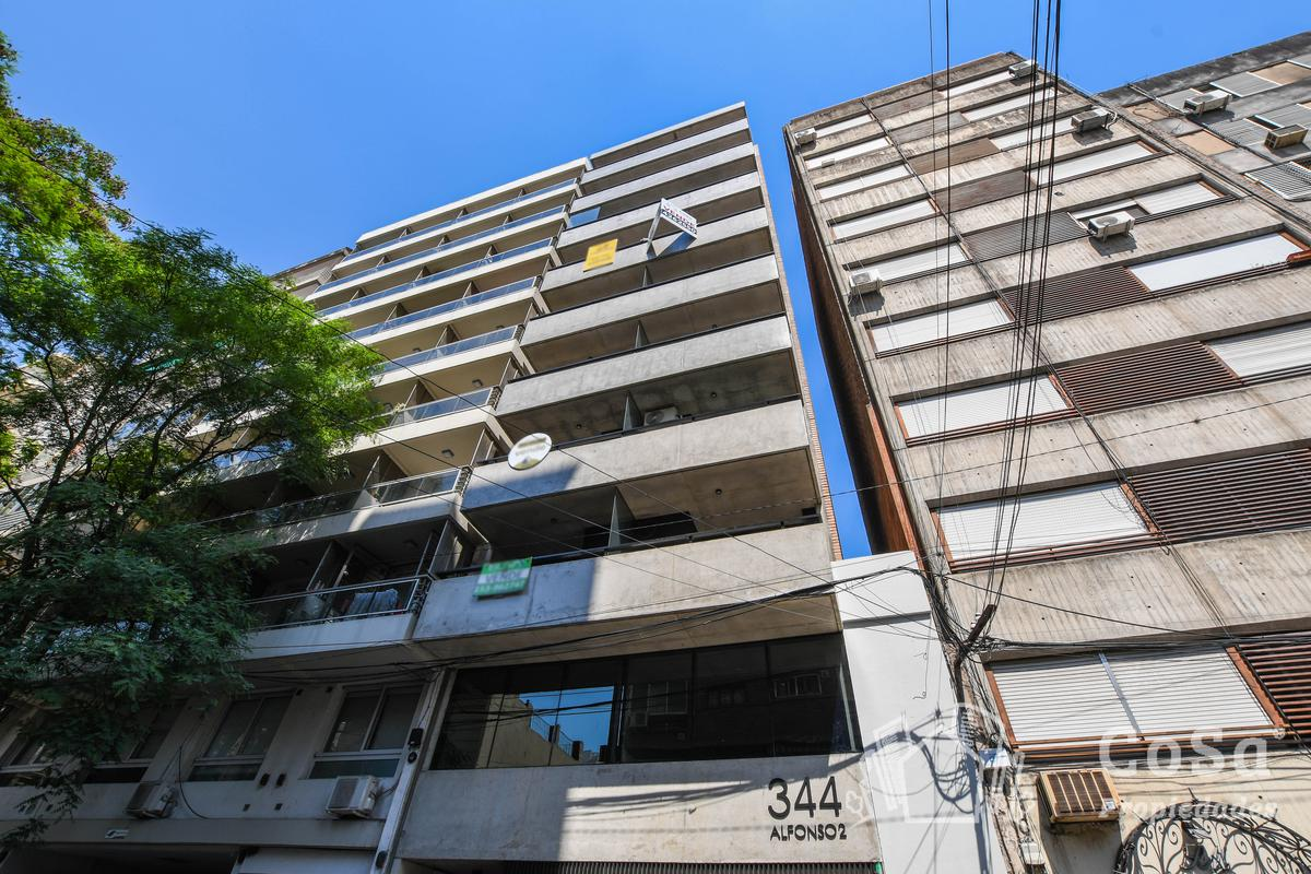 Foto Departamento en Venta en  Centro,  Rosario  Italia 344
