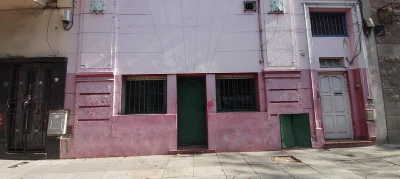 Foto Local en Venta en  Constitución ,  Capital Federal  San Jose al 1500