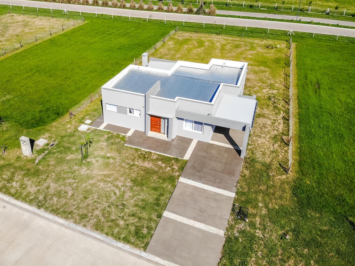 Foto Casa en Venta en  Villalobos,  Guillermo E Hudson  Villalobos