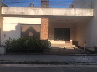 Foto Casa en Venta en  Concordia,  Concordia  Entre Ríos al 300