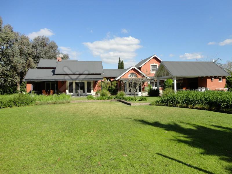 Foto Casa en Alquiler en  Martindale C.C,  Countries/B.Cerrado (Pilar)  Av Peron 2375