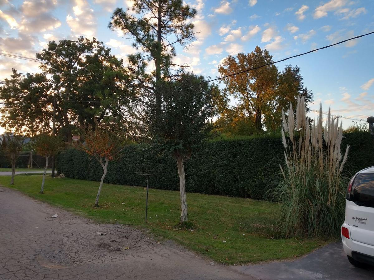 Foto Casa en Venta en  City Bell,  La Plata  467 y 133