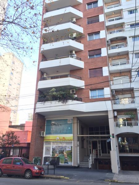 Foto Departamento en Venta en  Lomas de Zamora Oeste,  Lomas De Zamora  LORIA 449