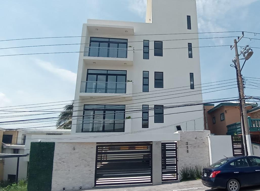 Foto Departamento en Venta en  Fraccionamiento La Florida,  Tampico  Penthouse con roof garden en excelente zona residencial de Tampico