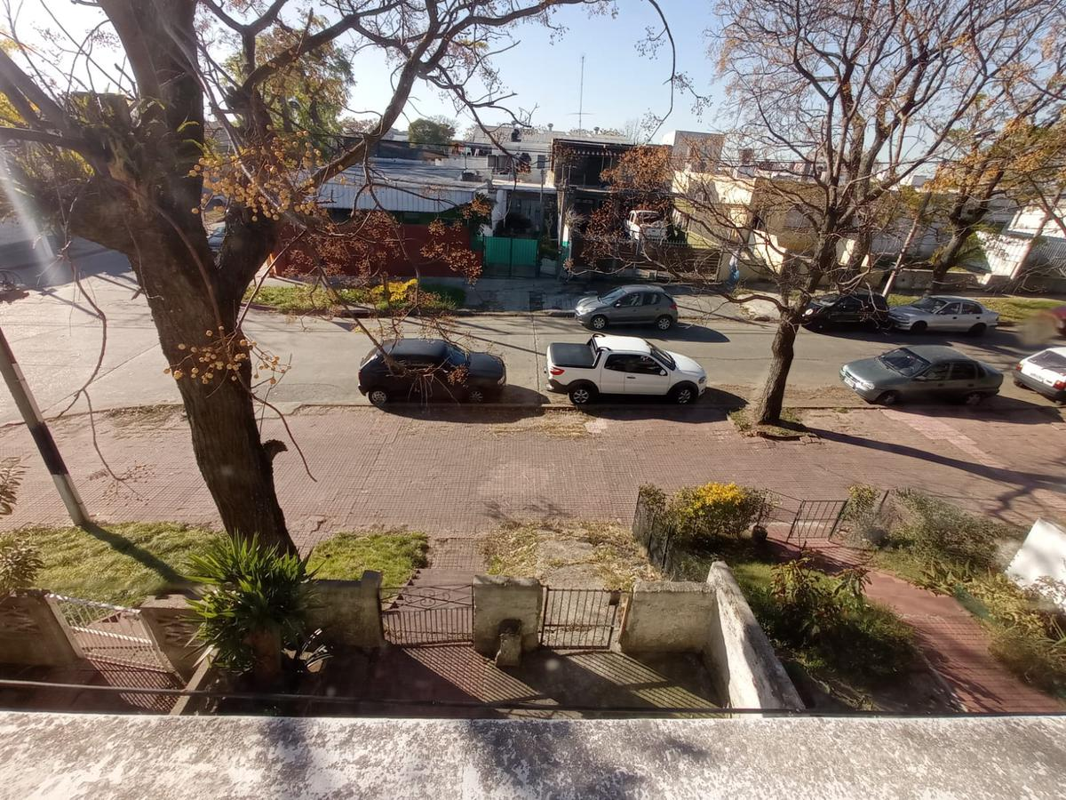 Foto Casa en Venta en  Maroñas, Curva ,  Montevideo  Capdehourat proximo 8 de Octubre