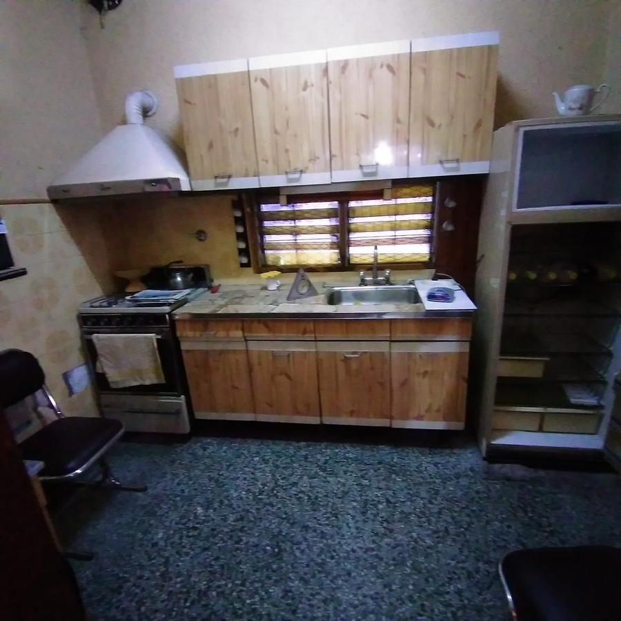 Foto Casa en Venta en  Monte Chingolo,  Lanús  DE LA PEÑA al 200