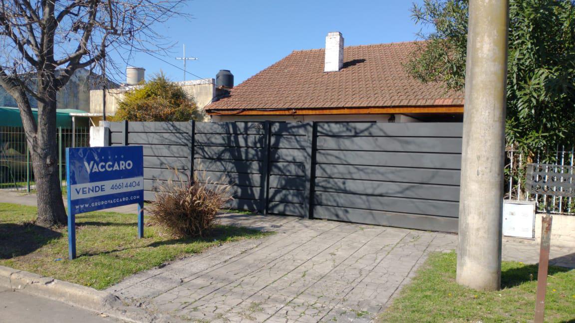 Foto Casa en Venta en Artigas al 300, G.B.A. Zona Oeste | Ituzaingo | Villa Ariza
