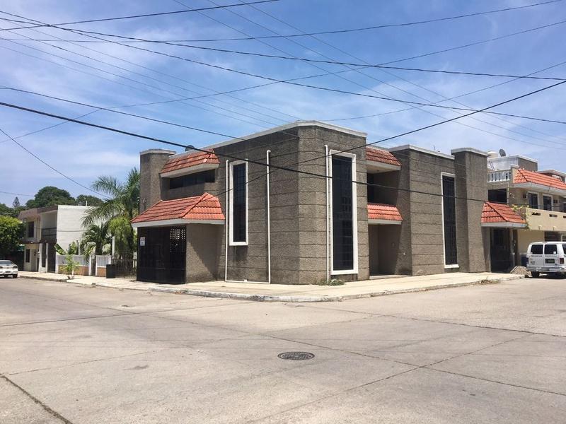 Foto Casa en Venta en  Vicente Guerrero,  Ciudad Madero  HCV2943-285 Linares Casa