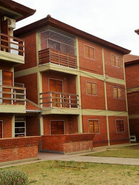 Foto Departamento en Venta en  Plan Vial P.S.C.,  Santa Rosa  Gentile