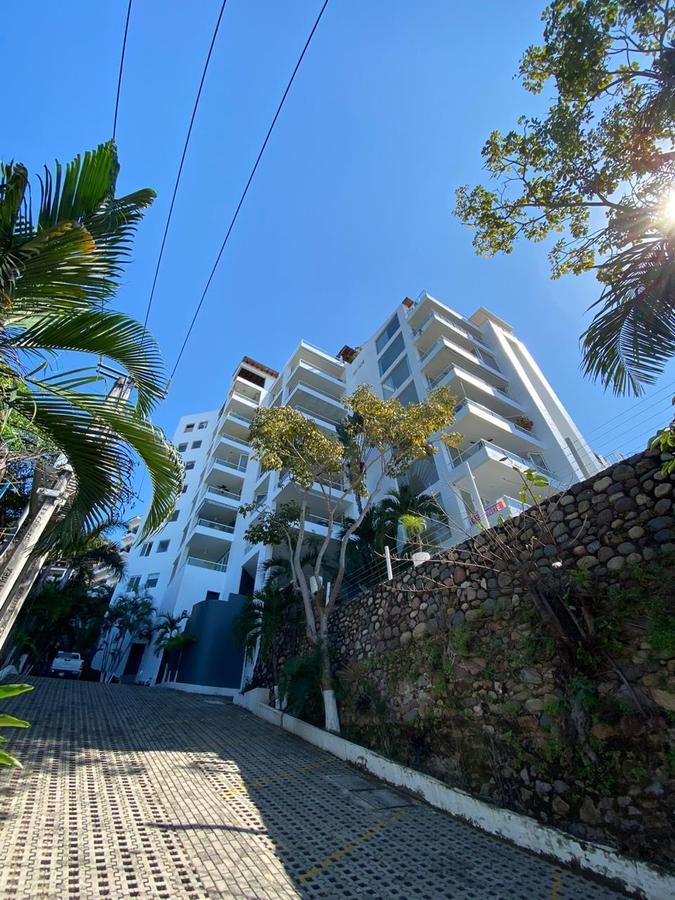 Foto Departamento en Venta en  Puerto Vallarta ,  Jalisco  Departamento en puerto vallarta, excelente ubicación  y vista a la bahia