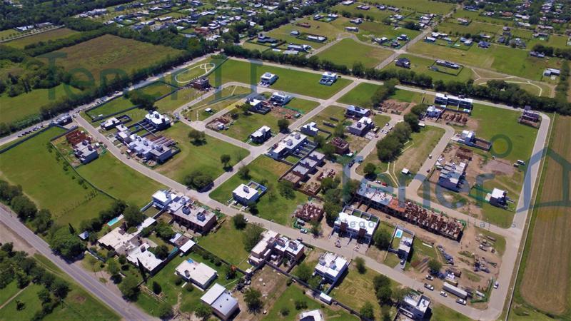 Foto Terreno en Venta en  La Calandria,  Cordoba Capital  La Calandria - 360 mts! Apto Duplex!
