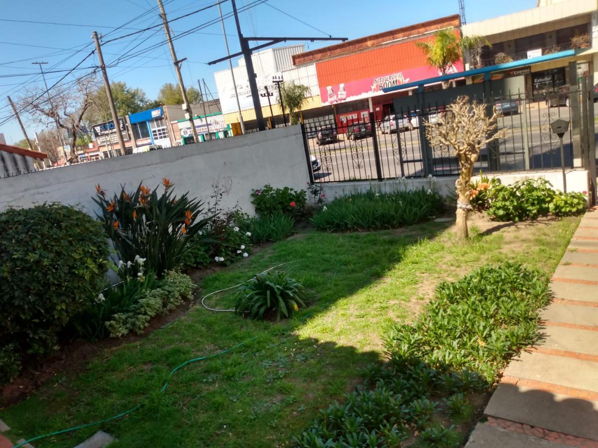 Foto Casa en Venta en  Belgrano,  Rosario  EVA PERON 6580