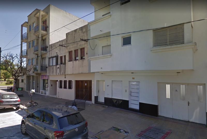 Foto Departamento en Alquiler en  La Plata ,  G.B.A. Zona Sur  38 entre 18 y Plaza Guemes