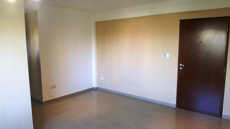 Foto Departamento en Alquiler en  Banfield Este,  Banfield  Vergara 1718 Esq. Rincon 3ro A
